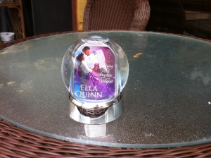 Snow globe 001