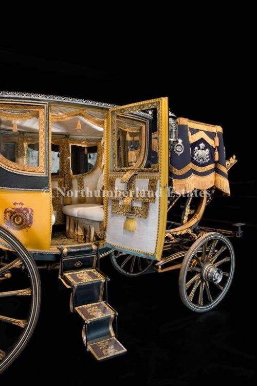 Traveling coach Duke of Northumberland